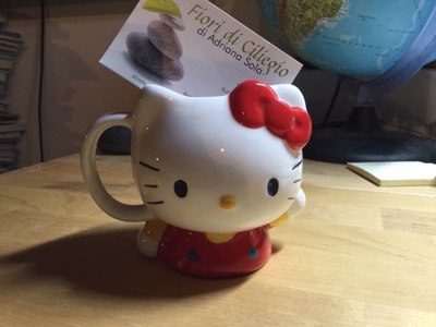 HELLO KITTY TAZZA FIGURA INTERA SANRIO
